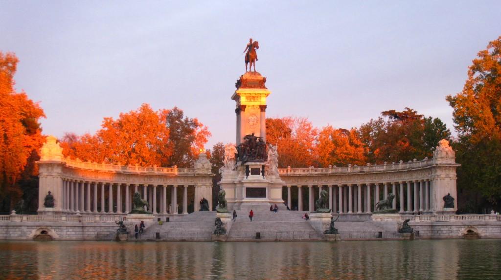 Monument to Alfonso XII and Retiro Pond (Retiro Park)